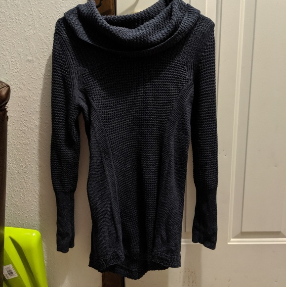 Anthropologie Sweaters - Anthropologie Cowlneck Sweater